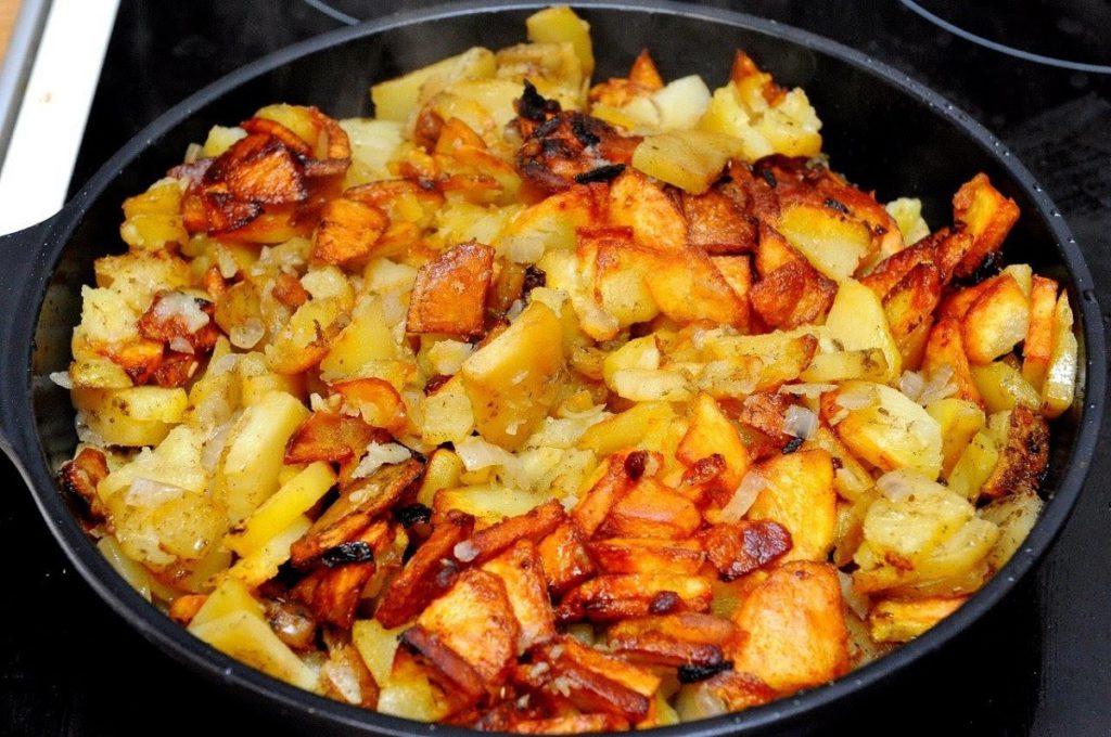 Рецепт картошка с вешенками на сковороде
